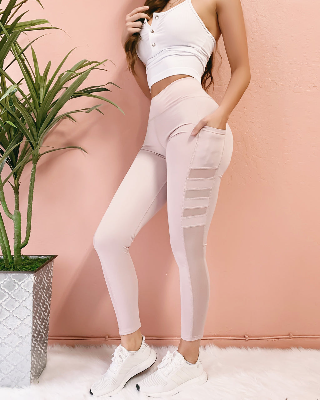 MILEY MESH LEGGINGS WITH POCKETS (LIGHT BLUSH)
