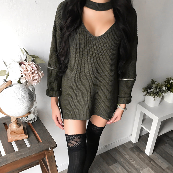 ONLY S/M LEFT - Chloe Elbow Zipper Choker Sweater (OLIVE)