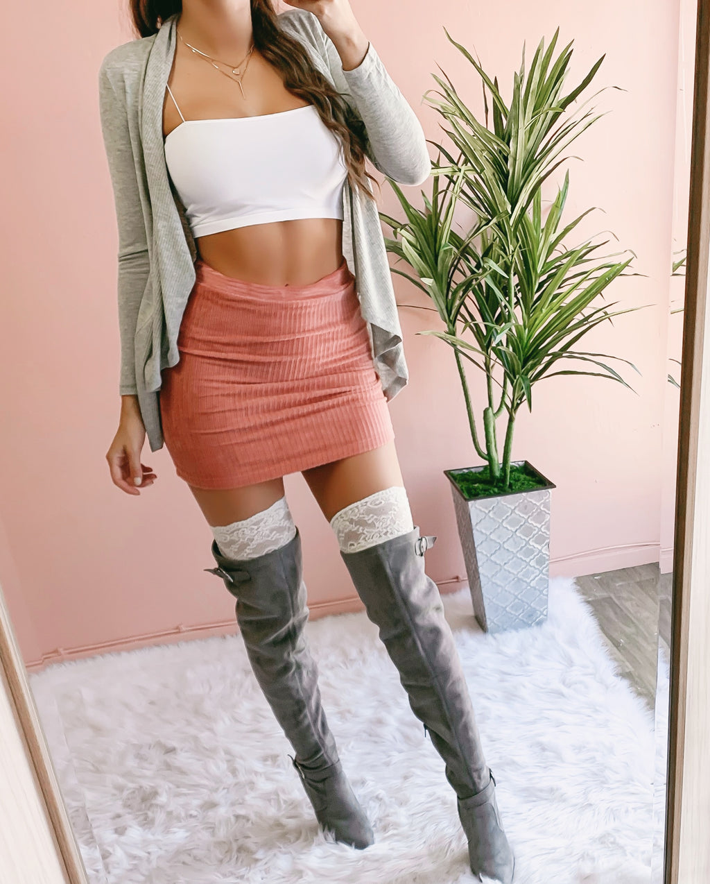 GIGI RIBBED VELVET MINI SKIRT (DARK BLUSH)