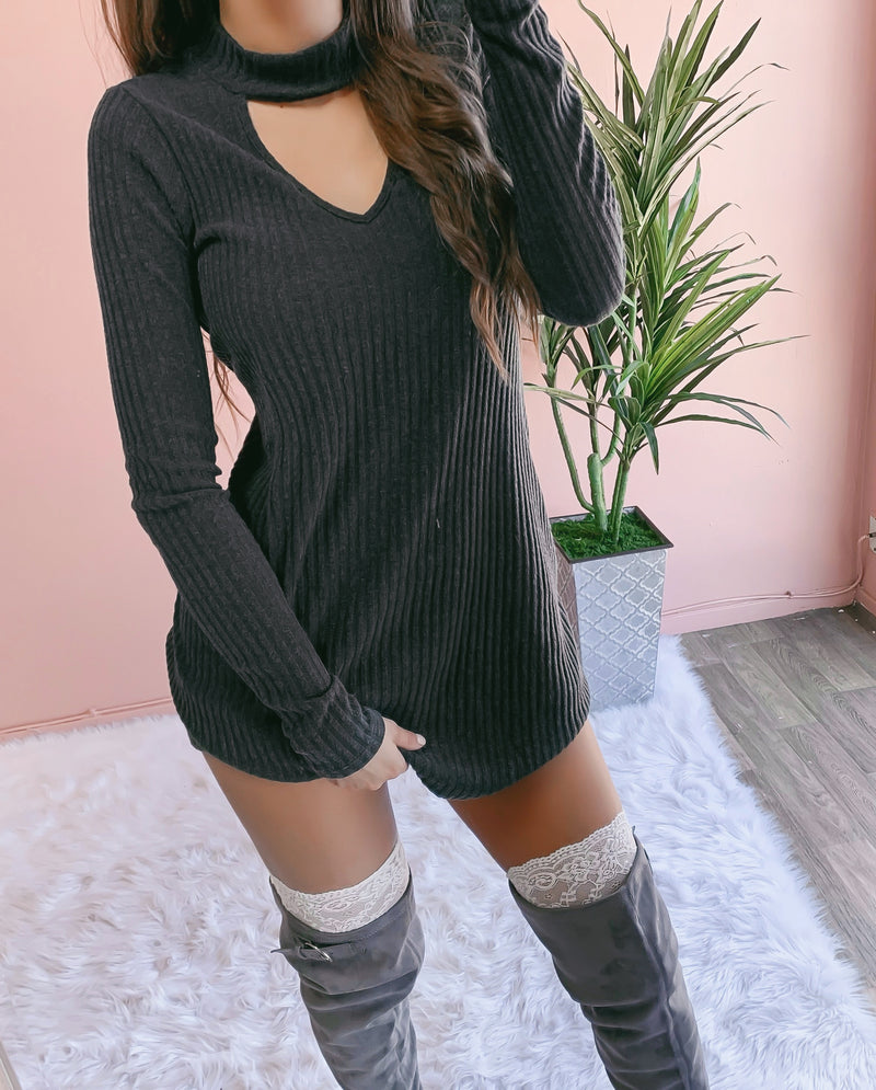 DELILAH LACE THIGH HIGH SOCKS (DEEP TAUPE)