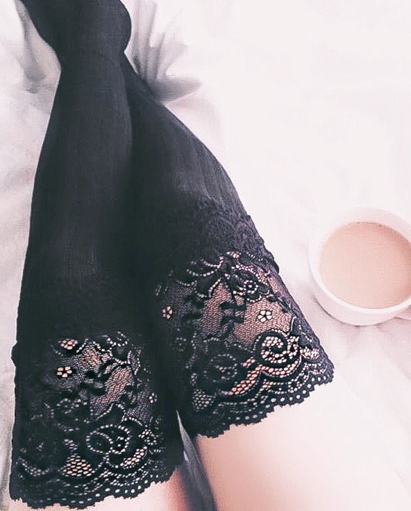 DELILAH LACE THIGH HIGH SOCKS (GREY)