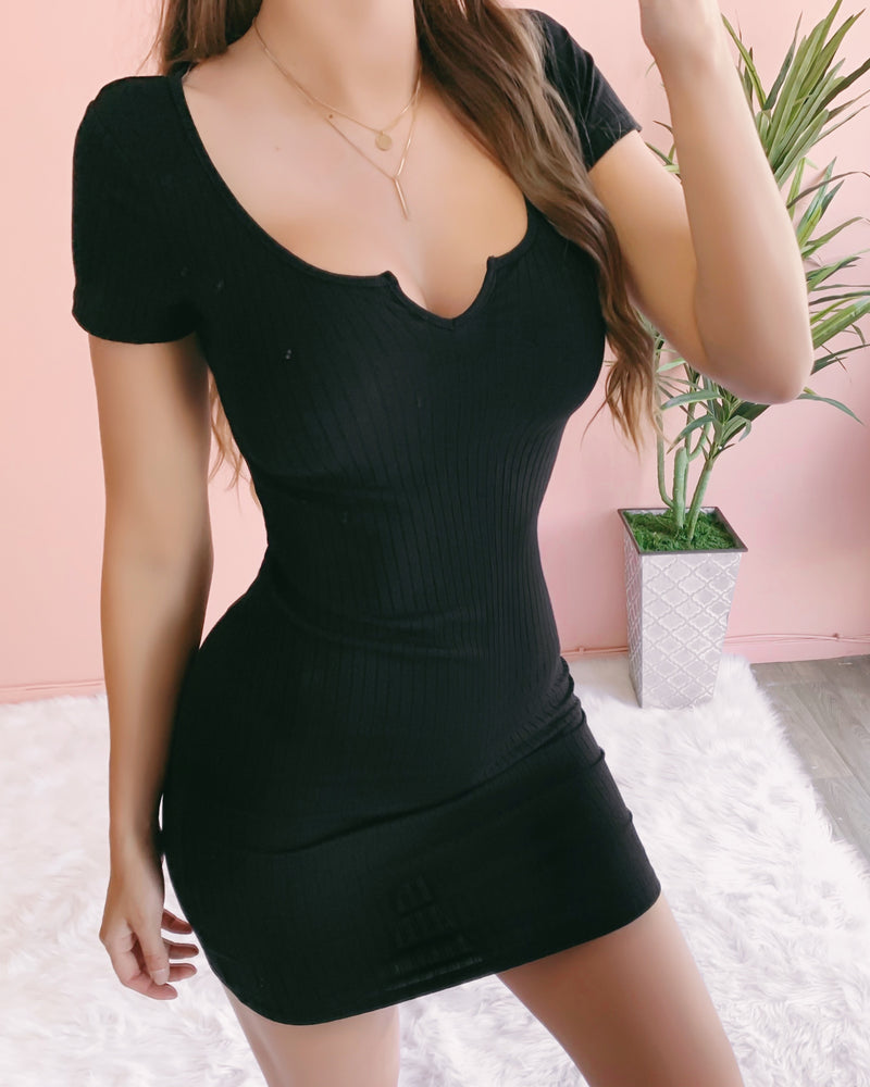 RESTOCKED! MAE RIBBED DRESS (BLACK)