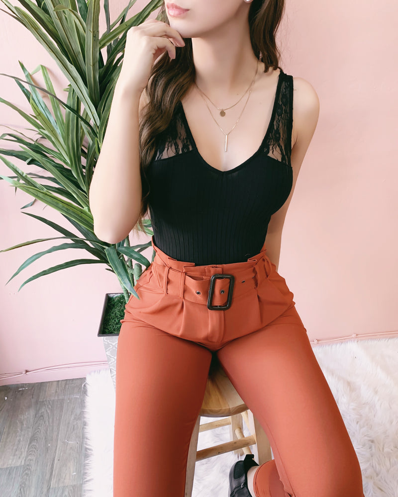 RESTOCKED! MARIAH PAPERBAG PANTS (RUST)