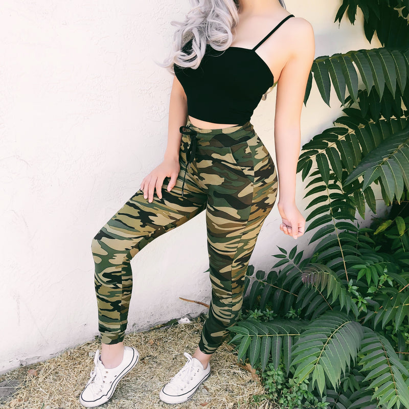 DRIZZY CAMO SWEATS (GREEN) - LARGE