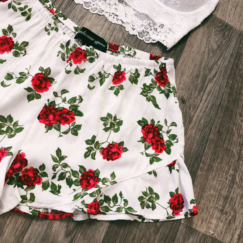 SINA FLORAL RUFFLE SHORTS (WHITE) - MEDIUM & LARGE