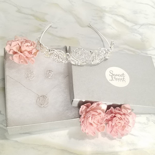 """The Belle"" Fairytale Crystal Encrusted Rose Tiara - Sweet Heart Details"