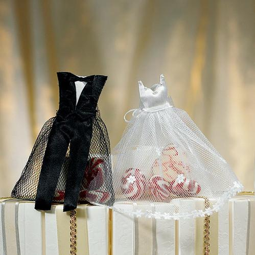 White Wedding Dress And Tuxedo Organza Favor Bags - Sweet Heart Details