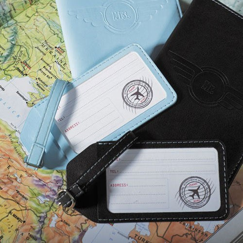 Mr. & Mrs. Passport Covers & Luggage Tags Gift Set - Sweet Heart Details