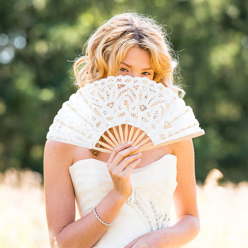 Antique Lace Hand Fans - Sweet Heart Details