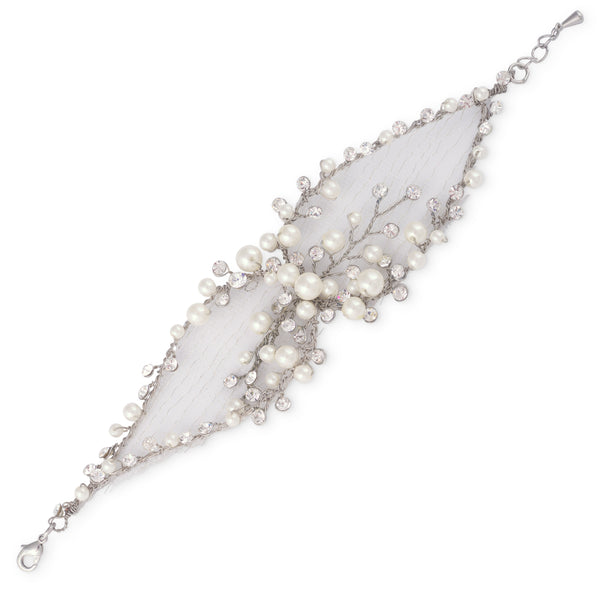 """The Elisabeth"" Handmade Bracelet in Silver with pearls-Bracelets-Wedding Factory-Sweet Heart Details"