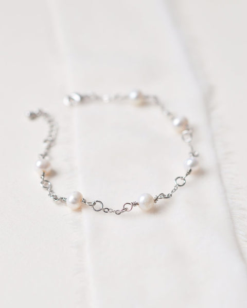 Scattered Pearl Wedding Bridesmaid's Bracelets (3) - Sweet Heart Details