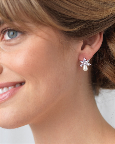 """The Naomi"" Freshwater Pearl Stud Earrings-Earrings-Dareth Colburn-JE-4153-Sweet Heart Details"