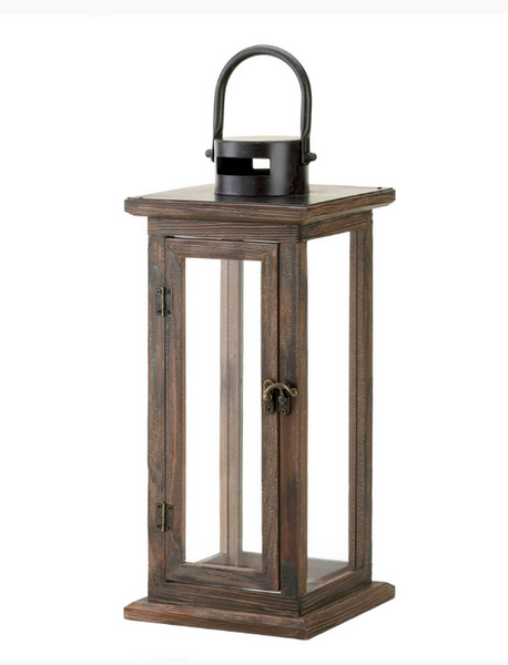 Perfect Lodge Wooden Lantern - Sweet Heart Details