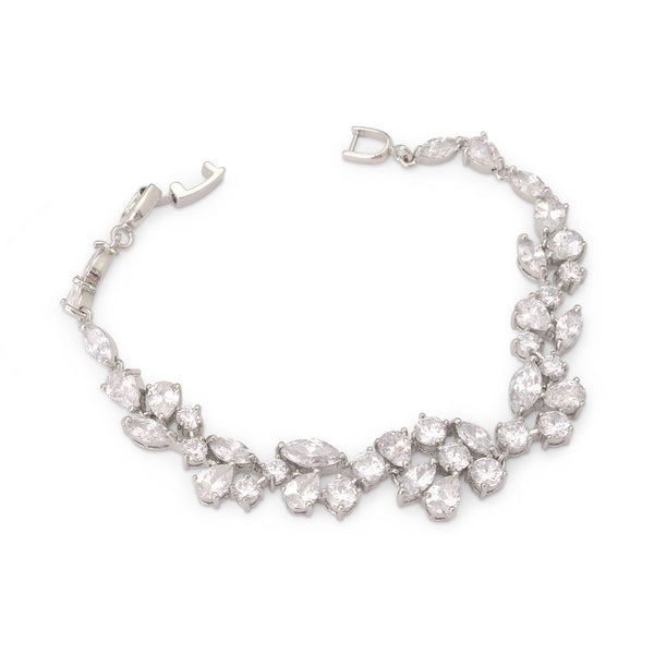 """The Madalyn"" CZ Crystal Bracelet - Sweet Heart Details"