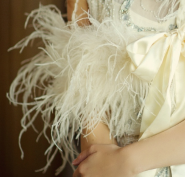 Ostrich Feather Stole - Sweet Heart Details