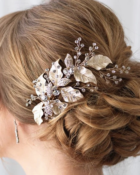"""The Malina"" Leaf Bridal Clip - Sweet Heart Details"