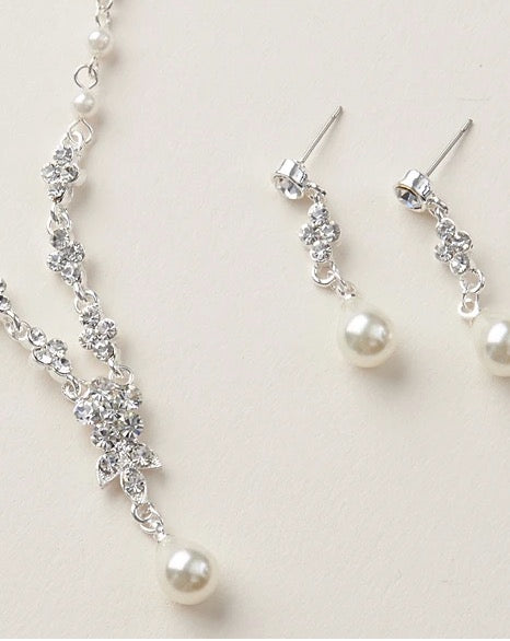 """The Primrose"" Bridesmaid Jewelry Sets - Sweet Heart Details"