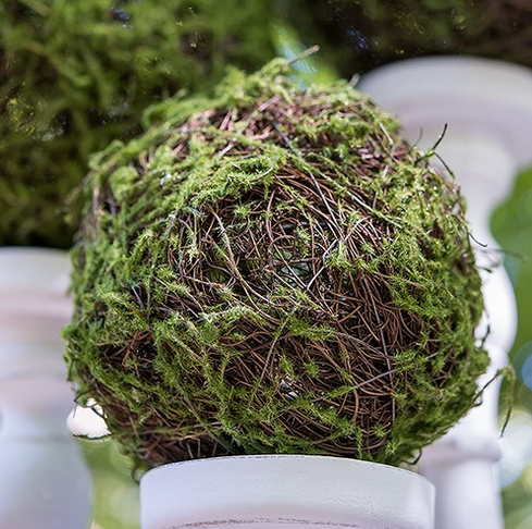 Faux Moss And Wicker Pomander - Kissing Balls (12)-Wedding Decorations-Wedding Star-Sweet Heart Details