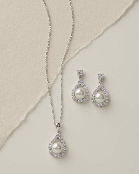 Maid's Elegance Pearl Pendant Sets-Bridesmaid Gifts-Dareth Colburn-Sweet Heart Details