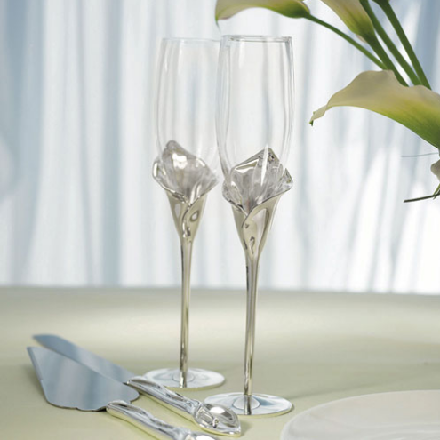 Toasting Flutes - Silver Calla Lily Stem - Sweet Heart Details