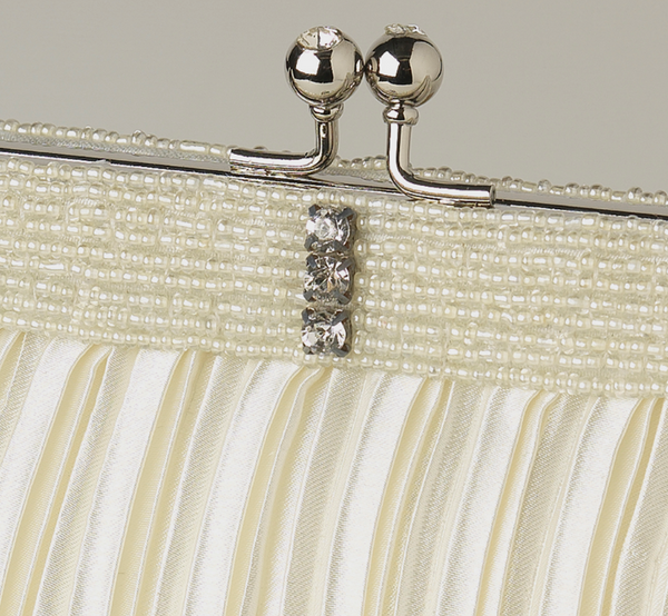 """The August"" Satin Beaded Bag - Sweet Heart Details"