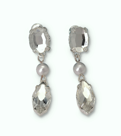 """The Gwyneth"" Crystal and Natural Pearls Necklace Earrings Set - Sweet Heart Details"