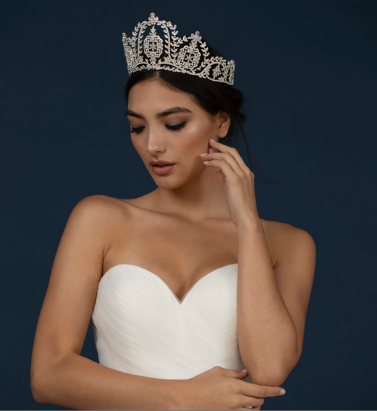 """The Erika"" Pure Royalty Rhinestone Crown - Sweet Heart Details"