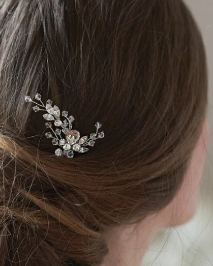 """The Aria"" Hair Pin by Dareth Colburn - Sweet Heart Details"