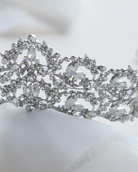 """The Jocelyn"" Silver Tiara - Sweet Heart Details"