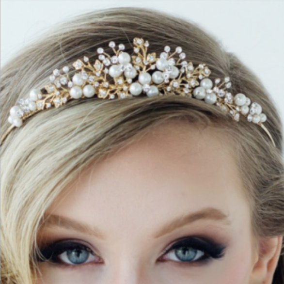 Tess Luxe 14kt Gold Plated Pearl Tiara - Sweet Heart Details