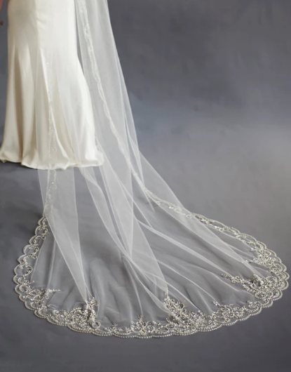 Extravagance Crystal Beaded Cathedral Veil-Veils-Sweet Heart Details