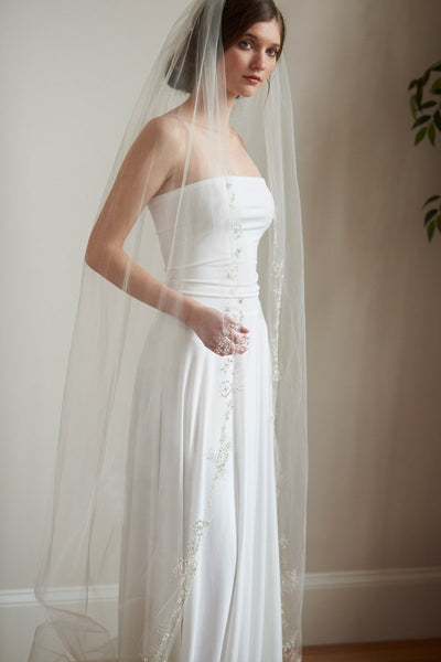 """The Ariya"" Crystal & Pearl Ivory Cathedral Veil - Sweet Heart Details"