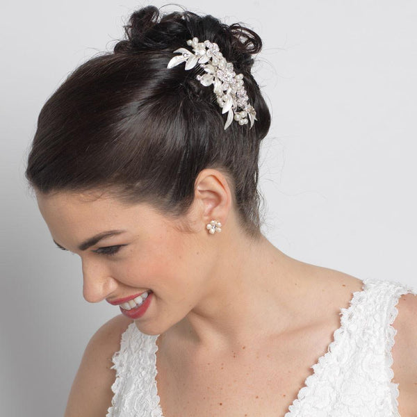 """The Willow"" Floral Pearl & Crystal Comb - Sweet Heart Details"