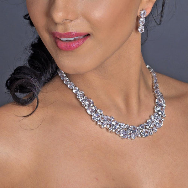 """The Vivian"" Elegant Oval & Round Cut Crystal Set - Sweet Heart Details"