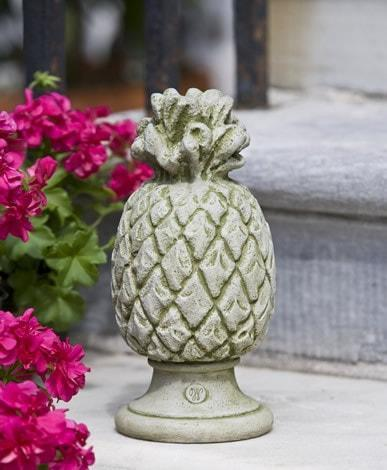 Image of Campania International Williamsburg Pineapple Finial Kendall and Everett