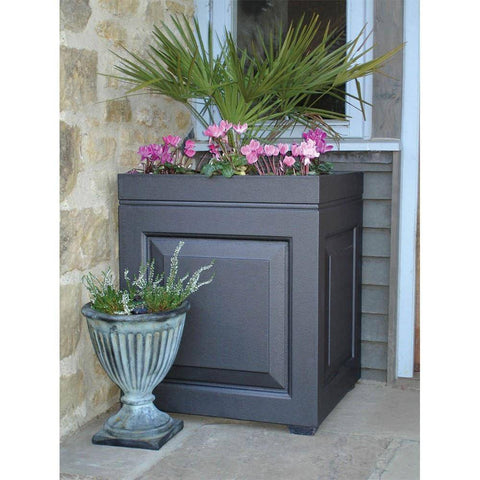 Capital Gardens Sloane Medium Planter