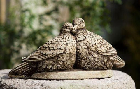 Image of Campania International Lovebirds Statue Kendall and Everett