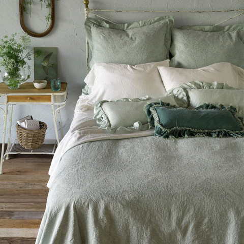 Bella Notte Linens Florence Coverlet Kendall and Everett