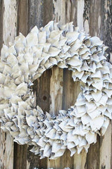 White Lacquer Wreath