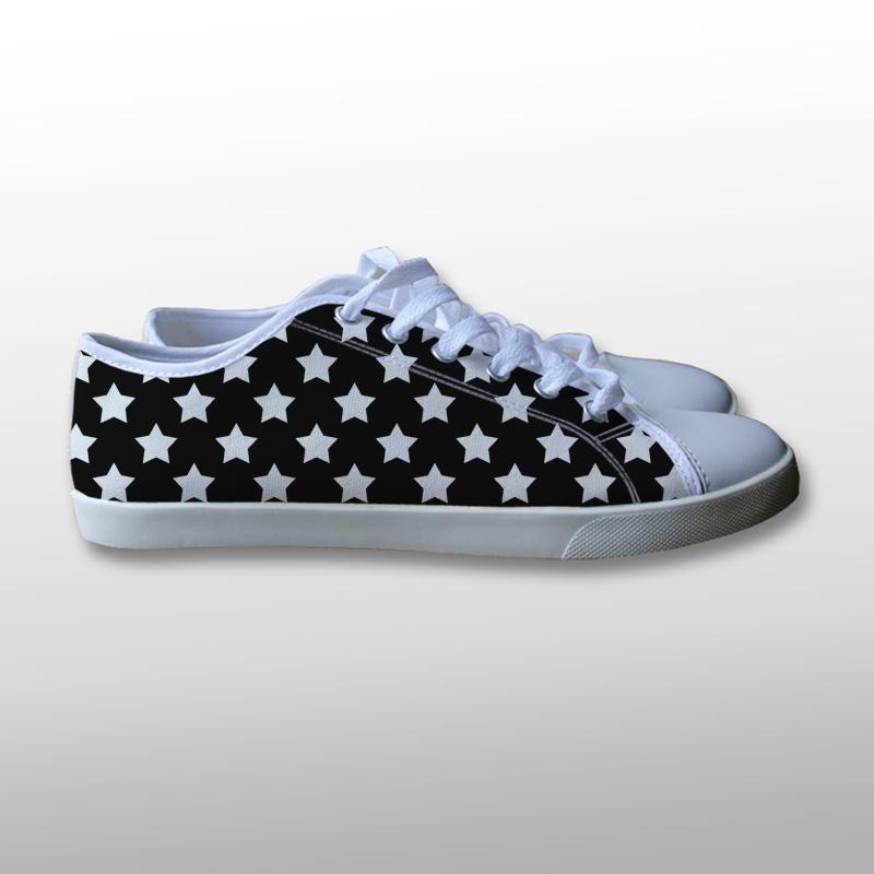 Star Pattern Canvas Shoes