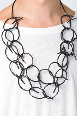 LOOP KNOT NECKLACE