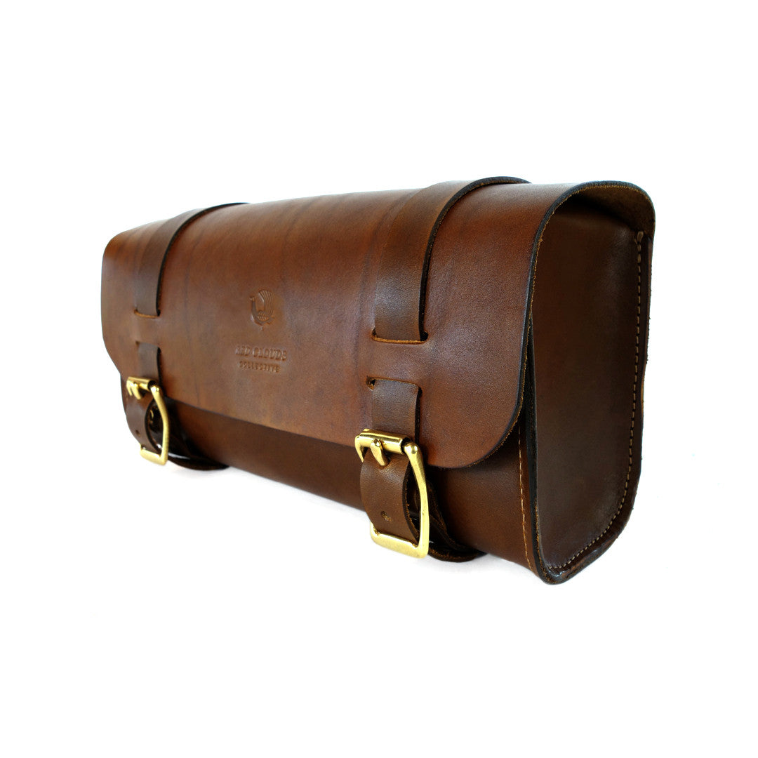 Handlebar tool bag, Leather motorcycle bag, tool bag, sissy bar bag, saddle bag, leather handlebar bag, These handmade leather bags are perfect to carry your tools or personal belongings on your motorcycle or bike. It features a fine-tuned design with long leather straps, allowing it to easily be strapped to your handlebars, forks, the back of your saddle or anywhere on your frame.