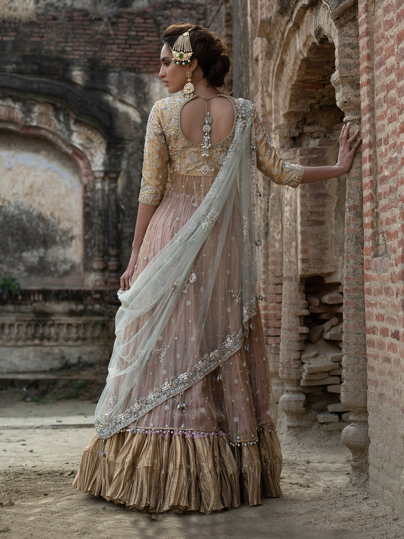 SUFI W/ PREDRAPED DUPATTA & CRUSHED LEHENGA