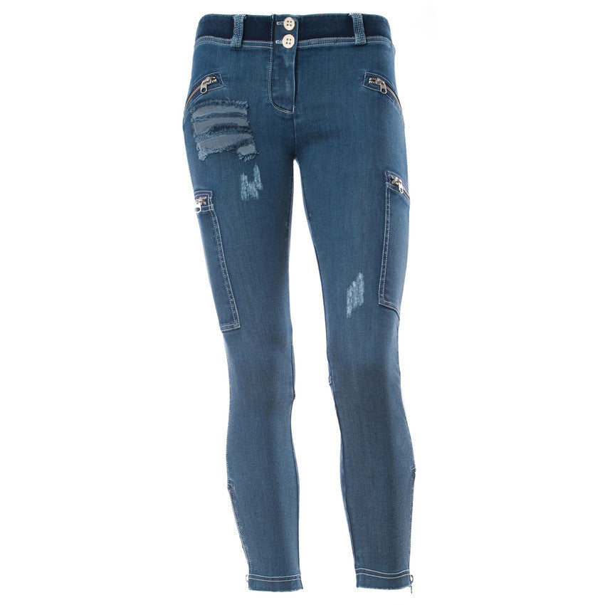 WR.UP SHAPING EFFECT / Blue Denim with Side Pockets and Zip Details / Distressed / Ankle Length - 7/8 / Low Waist
