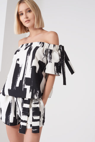 LAVISH ALICE Monochrome Brush Print Tie Sleeve Bardot Top