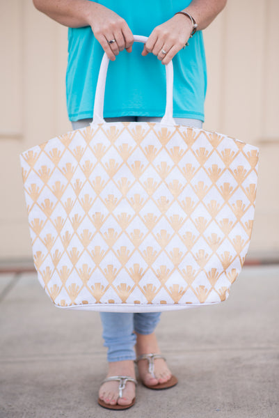 Shimmer Tote - White Fan Diamond - Pretty Please on Broad