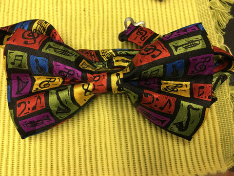 Jazzin it Up Bowtie - Pretty Please on Broad