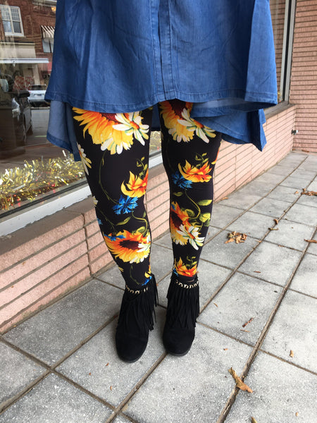 All Sunflowers and Daisies Leggings