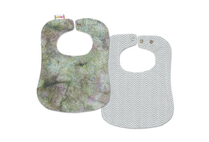 Reversible Bib - Gray Chevron