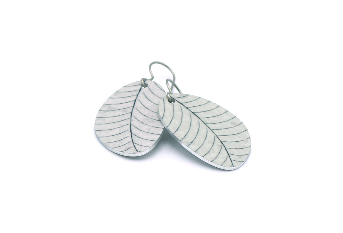 Gray Organic Leaf Earrings by ColorUpLife